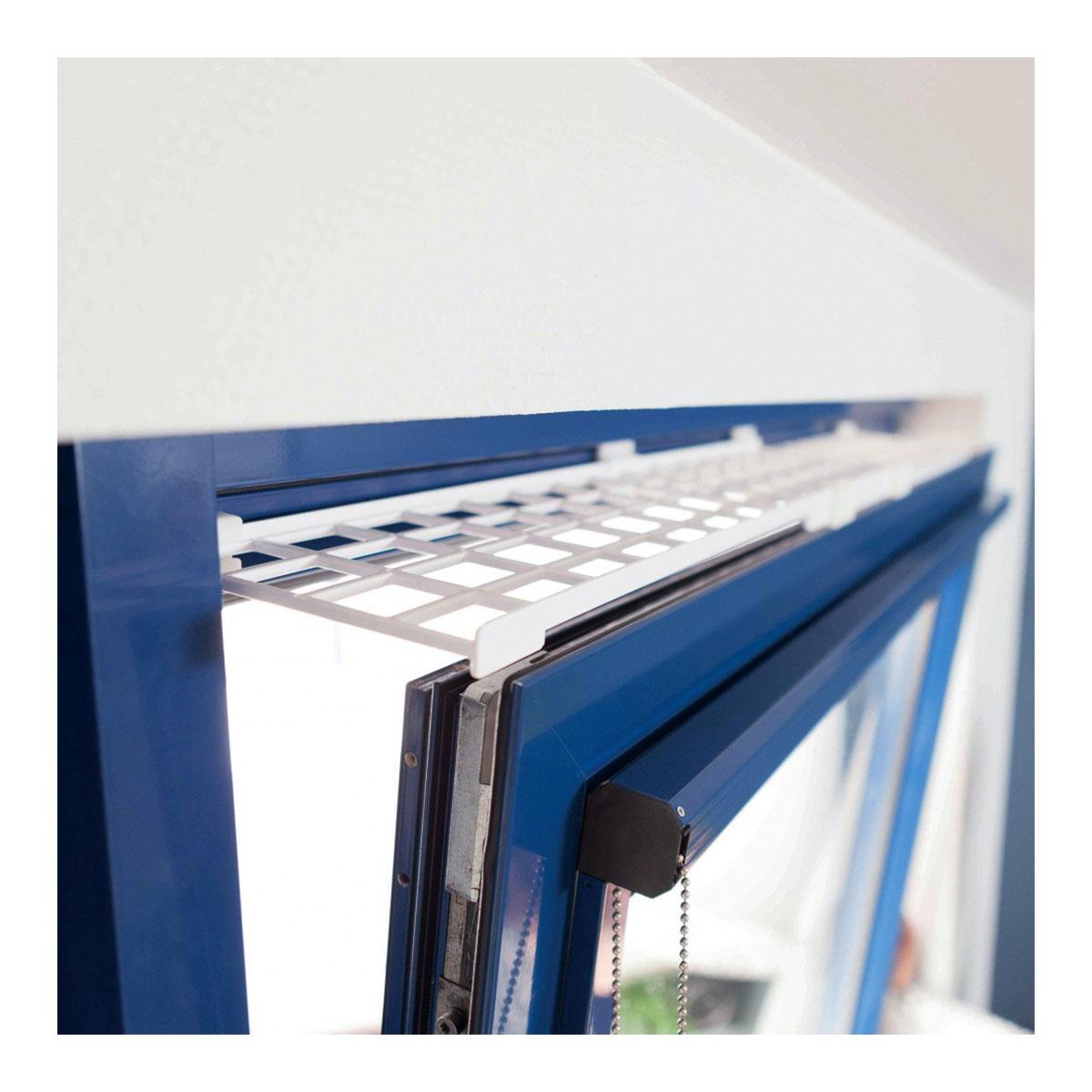 trixie schutzgitter f r fenster oben unten ausziehbar 75 125 16cm wei. Black Bedroom Furniture Sets. Home Design Ideas