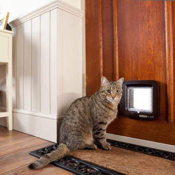 Mikrochipgesteuerte Katzenklappe - Braun